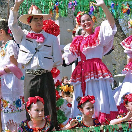 Cinco de Mayo draws thousands of people to Saint Paul's West Side neighborhood with lots of ethnic foods and music.