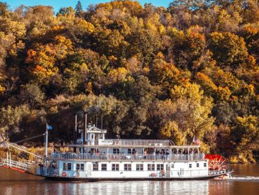 Your Fall Weekend Getaway in Saint Paul