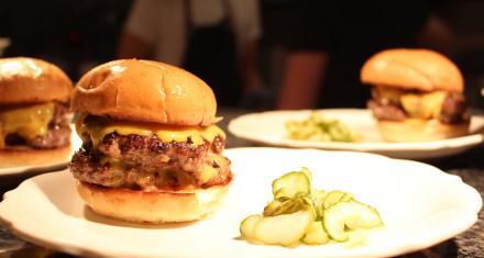 Bite into the Burger Scene in Saint Paul