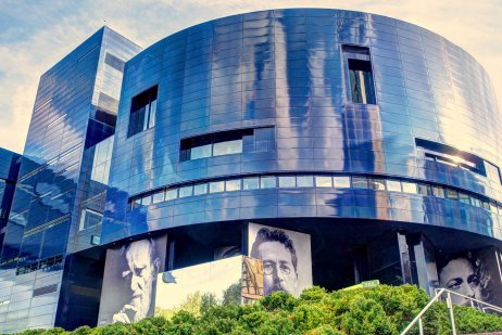 Guthrie Theater: Actors' Secrets for Powerful Presence