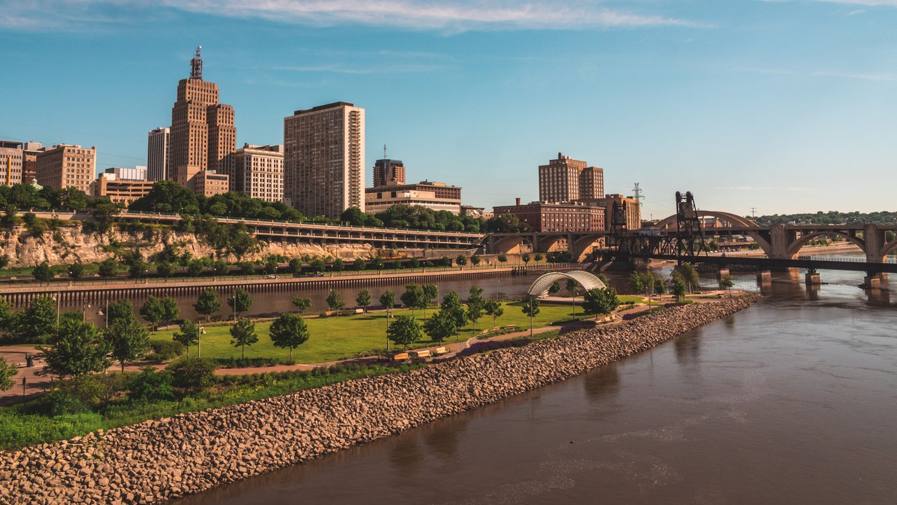 Aerial view of Saint Paul from the Mississippi