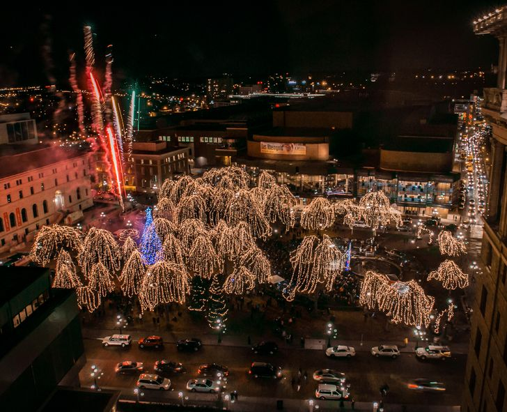 Rice Park St Paul Lights 2020 Christmas Eve Guide to Grand Opening of Rice Park Powered by Xcel Energy Center